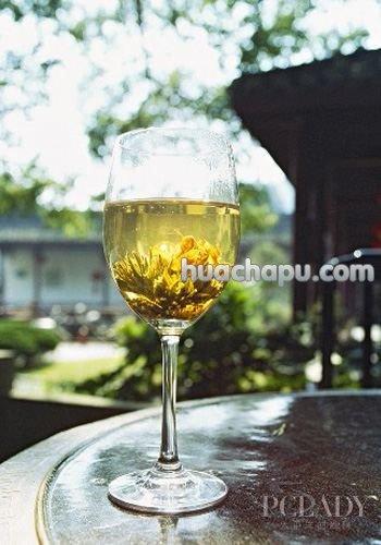 茉莉花茶的副作用:便秘的人不宜饮